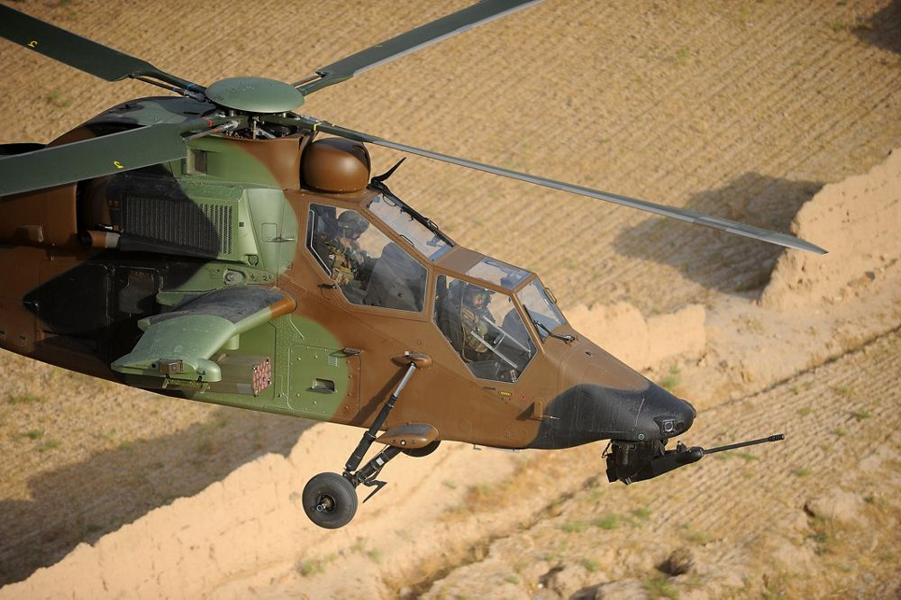 A Tiger team's daring rescue of a downed Gazelle crew in Mali