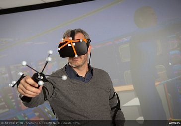 Airbus aircraft maintenance operations with virtual reality