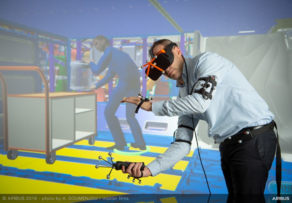 Stepping into the virtual world to enhance aircraft maintenance