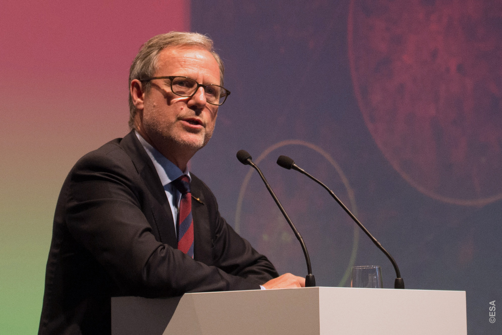 Volker Liebig (c)ESA
