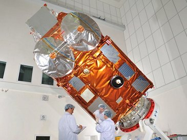 CryoSat 2 in Clean Room