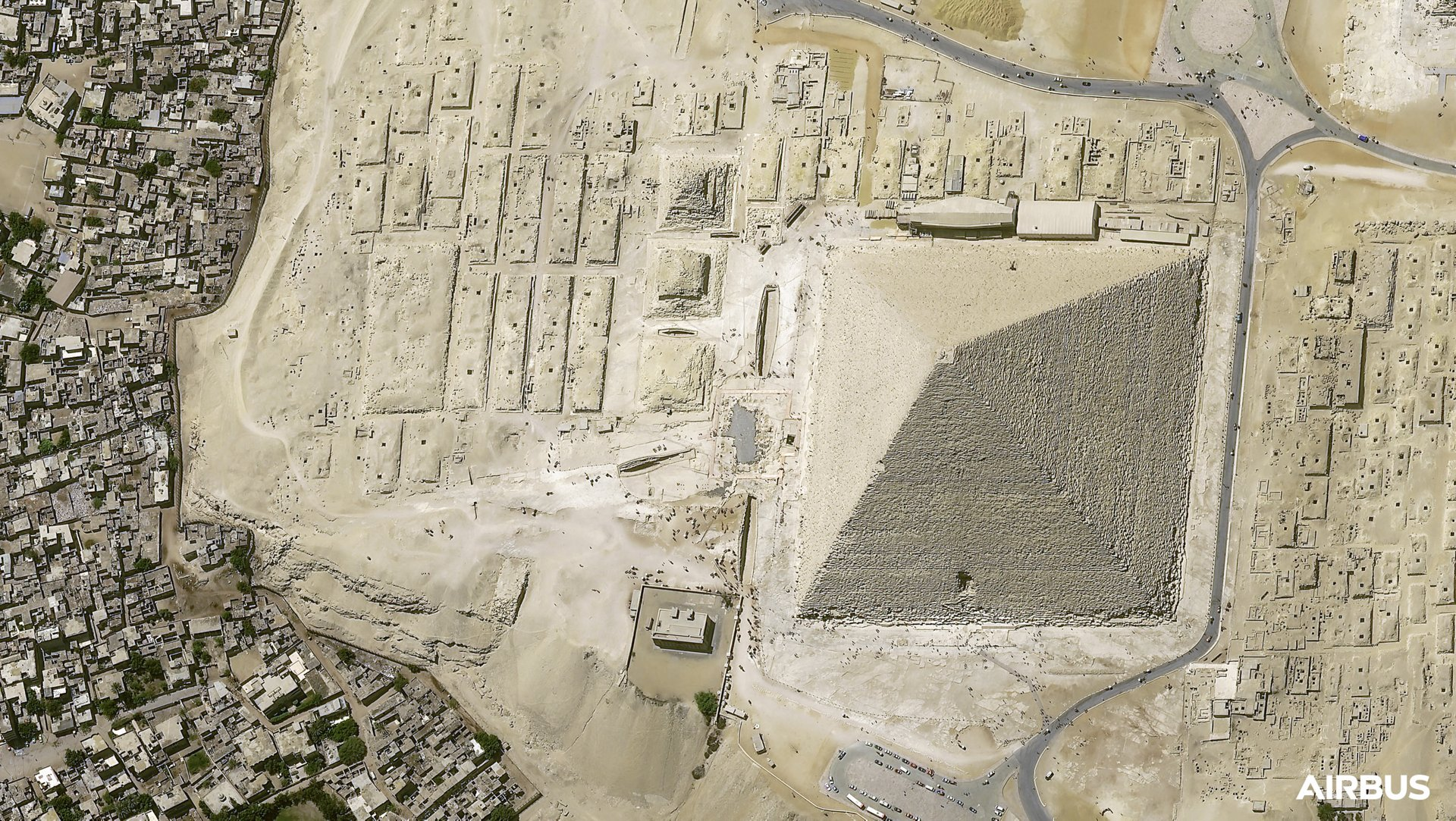 Cheops Pyramid, Cairo, Egypt - at 30cm native resolution, by Pléiades Neo 3 satellite