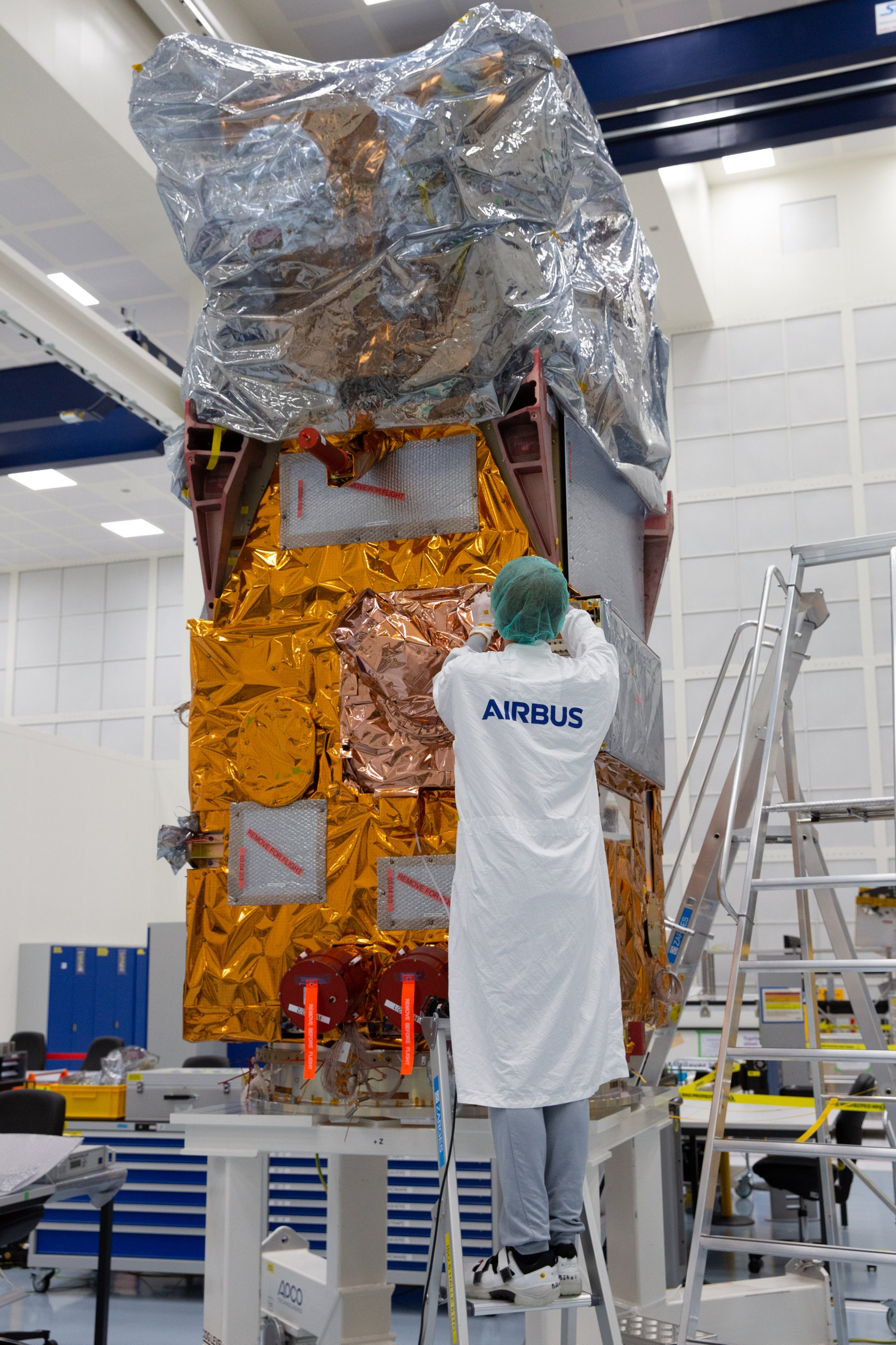Airbus has finished the integration of the Copernicus Sentinel-2C satellite. It is the third of its kind and will now be shipped to Munich to undergo extensive environmental tests to prove its readiness for space. The test campaign will last until March 2022.