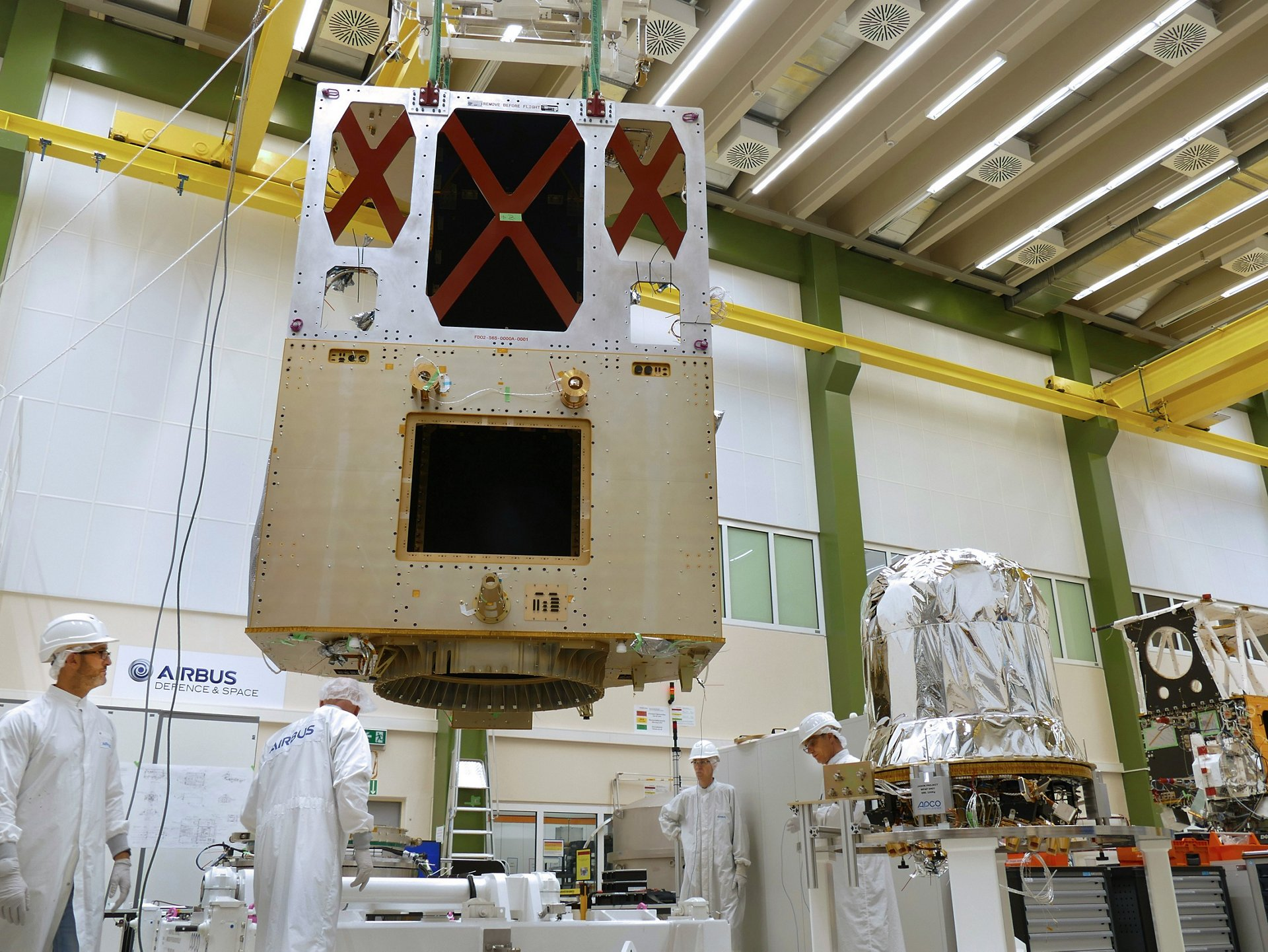 Sentinel-6, built by Airbus (Friedrichshafen/Germany) will provide high accuracy altimetry for measuring global sea-surface height, primarily for operational oceanography and for climate studies. It is a cooperative mission developed in partnership between Europe (EU, ESA and EUMETSAT) and the U.S. (NOAA and NASA). It is planned for launch in 2020.