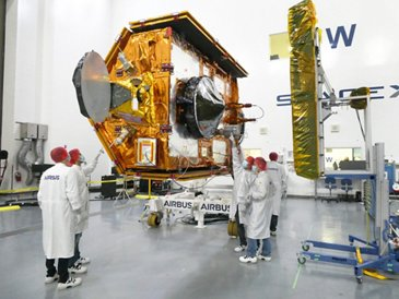 Sentinel 6MF Launch Preparation