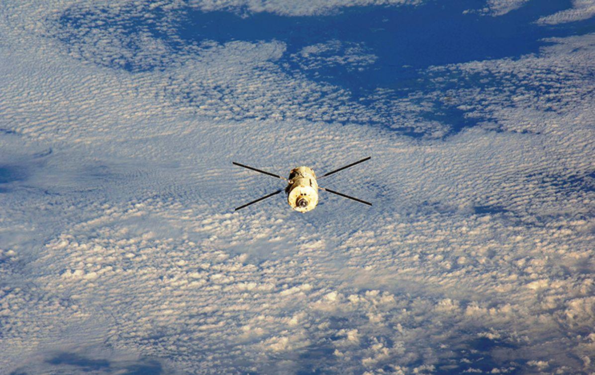 "ATV-5 ""Georges Lemaître"" in space"