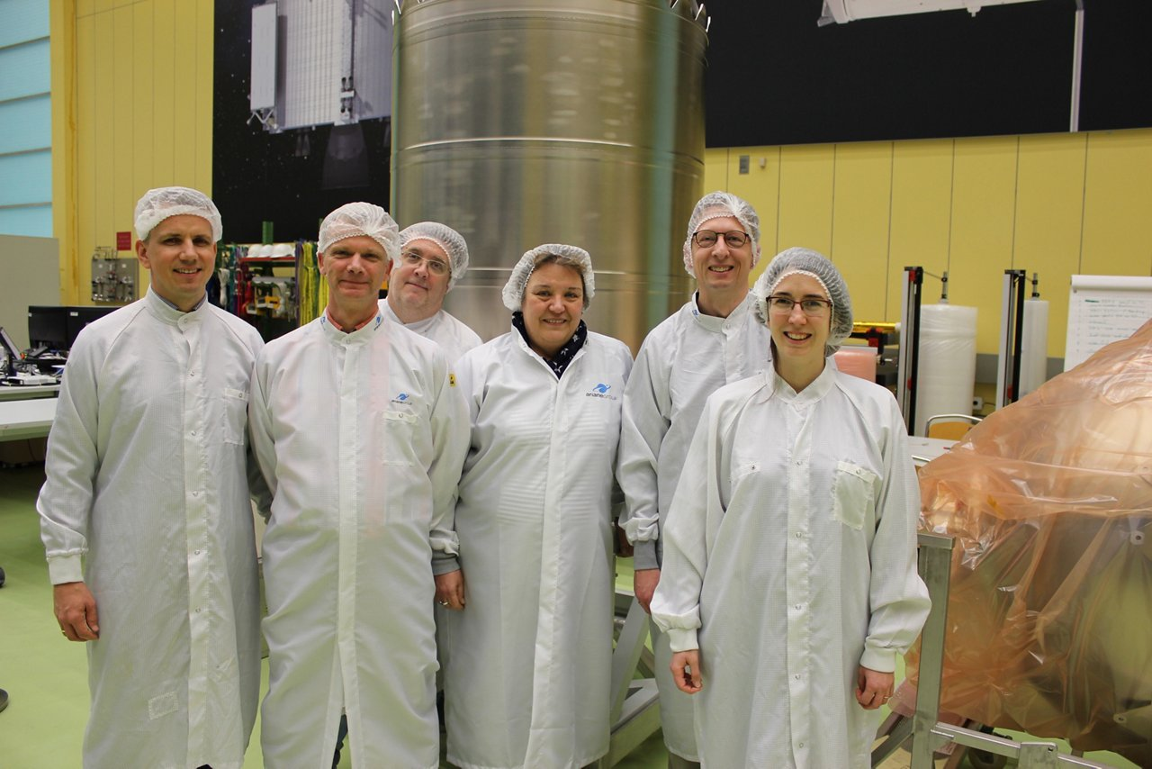 Orion tank team from Ariane Group and Airbus