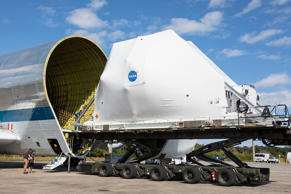 Orion is loaded into the Super Guppy