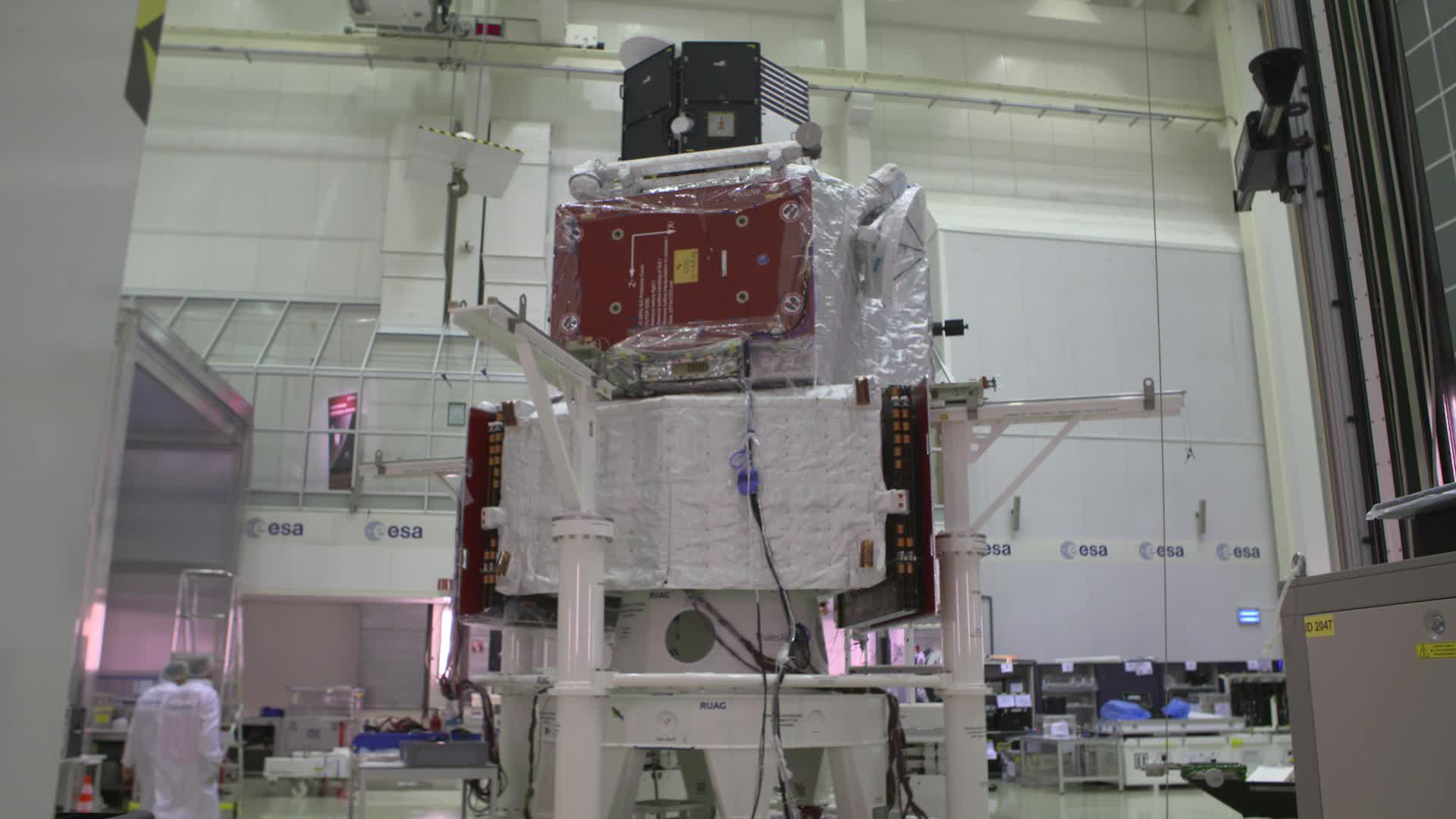 BepiColombo - Building up the stack footage