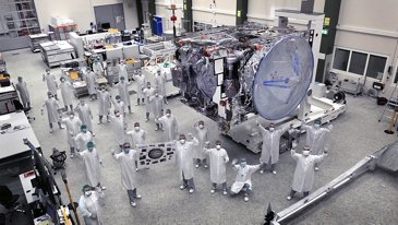 Goodbye-JUICE-The-Jupiter-probe-has-left-the-Satellite-Centre-Friedrichshafen-Germany