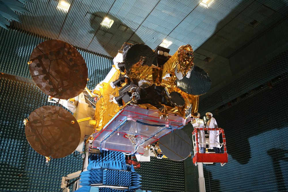Arabsat 6B in Airbus facilities, Toulouse