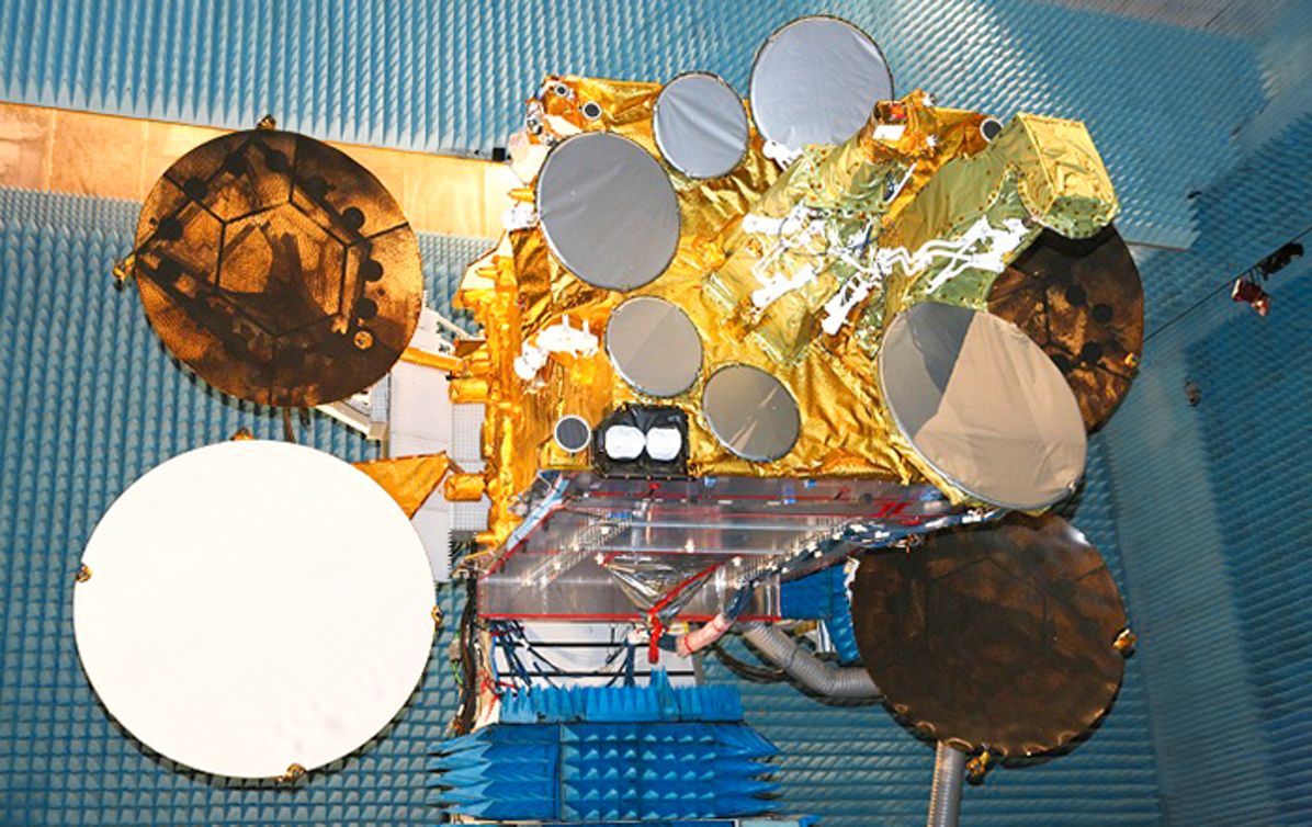 EUTELSAT 3B tested at Airbus site in Toulouse