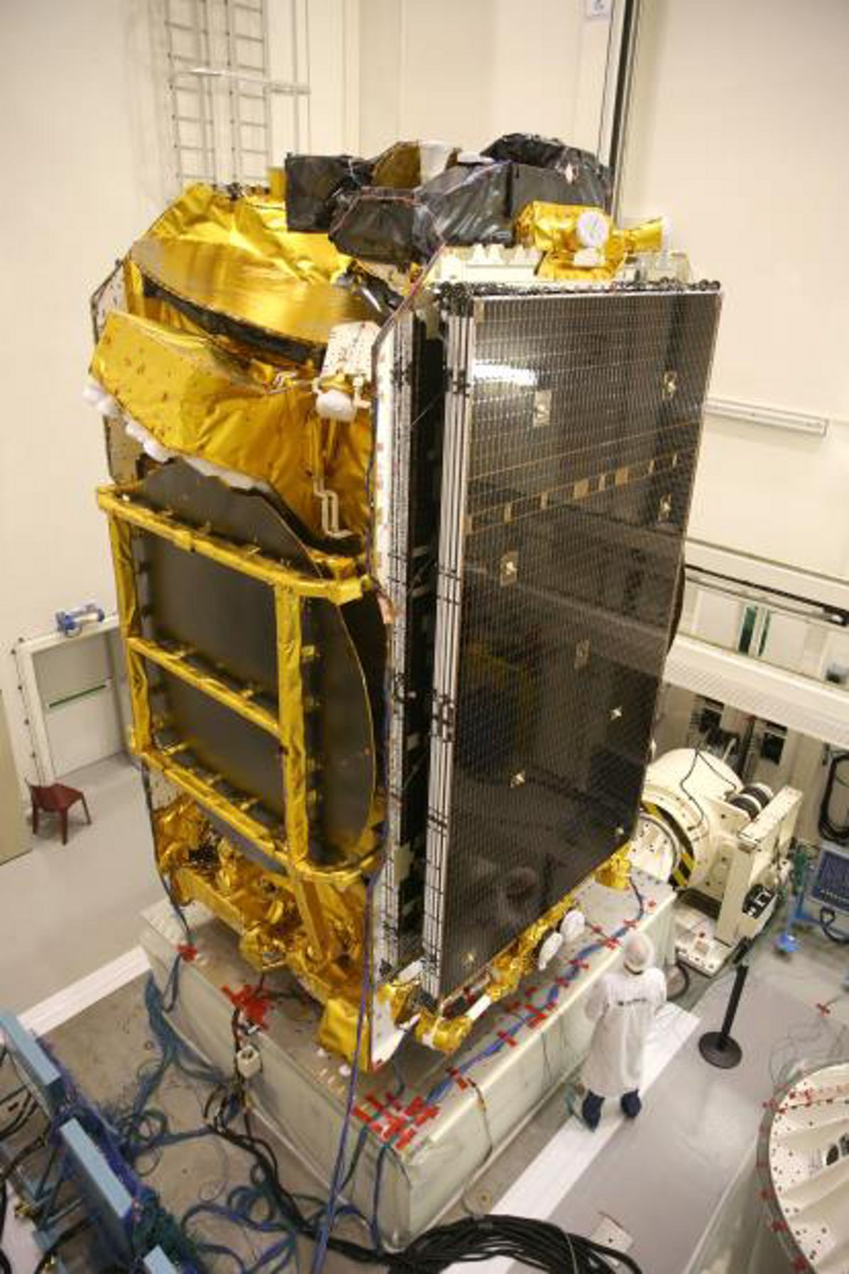 First European-built all-electric satellite EUTELSAT 172B built by Airbus