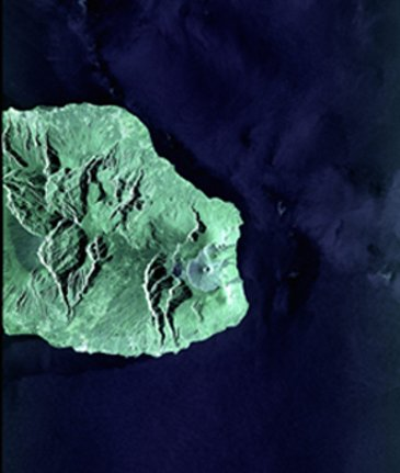 First image taken by the Sentinel 1A radar satellite taken over La Reunion Island and its coastal area, was transmitted successfully by EDRS-A