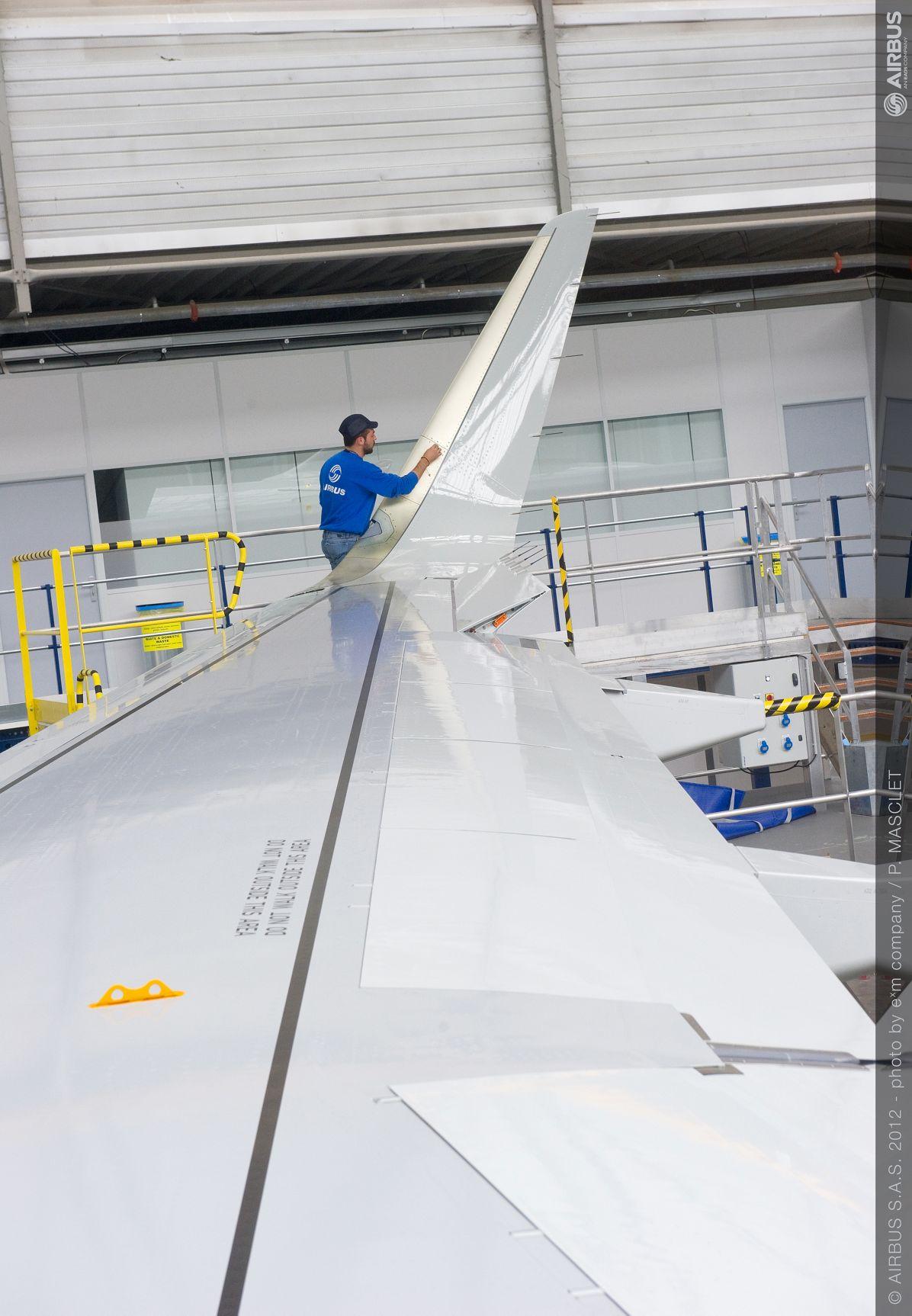 A320 Sharklet installation