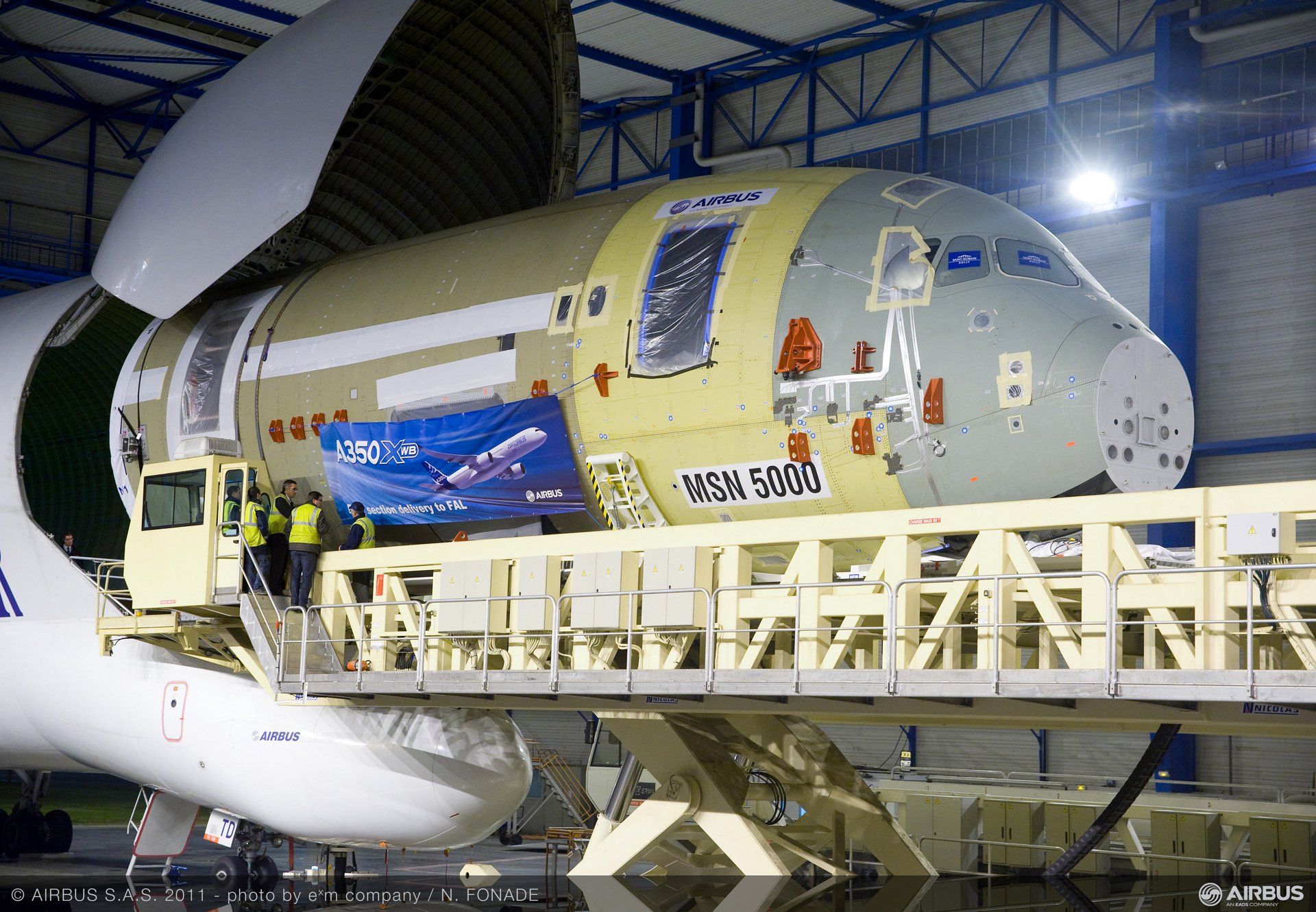 A350arrivesin TLS FAL3