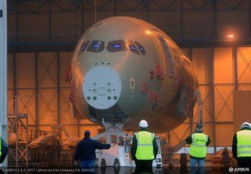 A350arrivesin TLS FAL4
