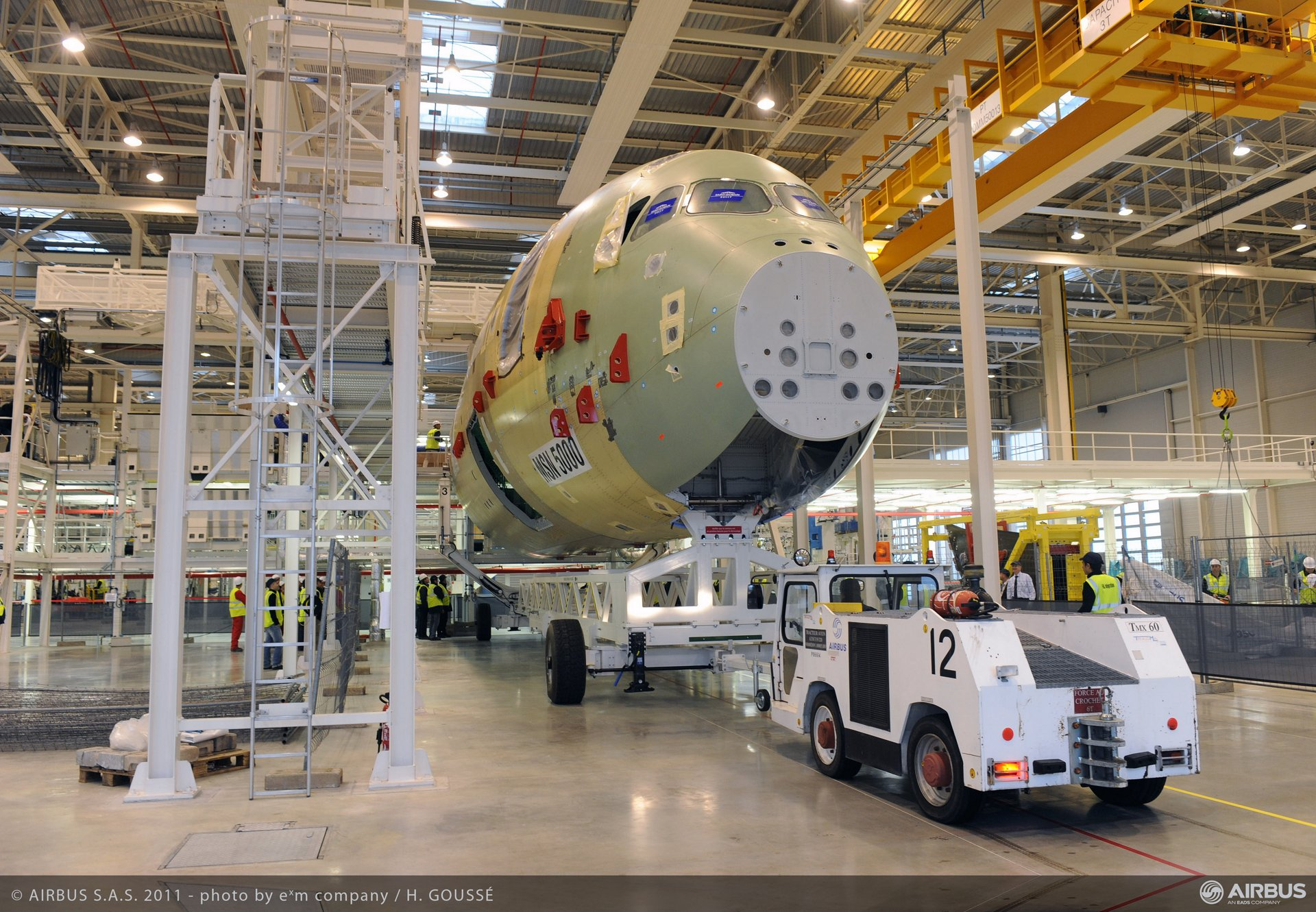 A350arrivesin TLS FAL7