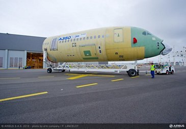 Front fuselage for the first flyable A350 XWB (MSN1)
